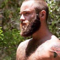 Raser sa barbe avant l'été : 5 bonnes raisons pour le convaincre