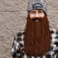 Pourquoi un bonnet à barbe